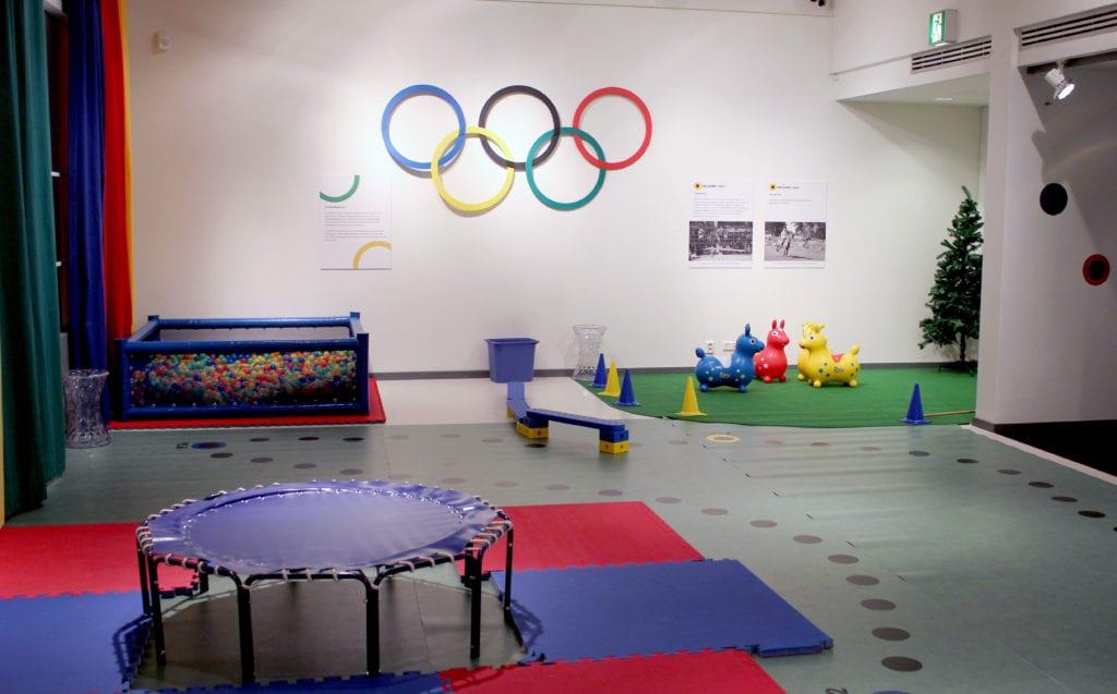 Urheilumuseon näyttely Aikamatka olympialaisiin 2012