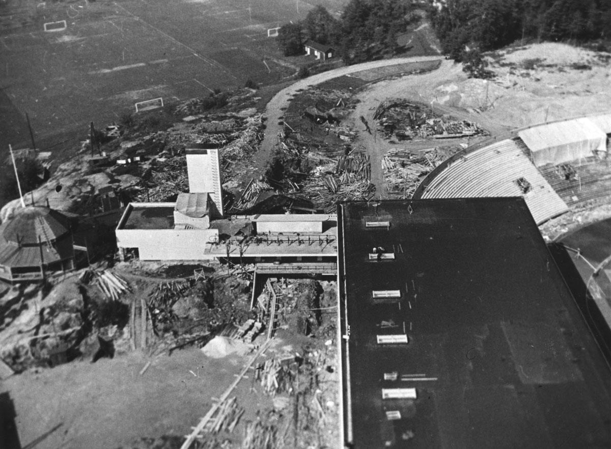 Urheilumuseo rakenteilla 1934-1937